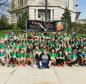 Forsyth School poses with Renegade STL